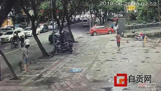 抓毒贩被拖行20多米续:对话民警 讲述生死6秒背后的故事