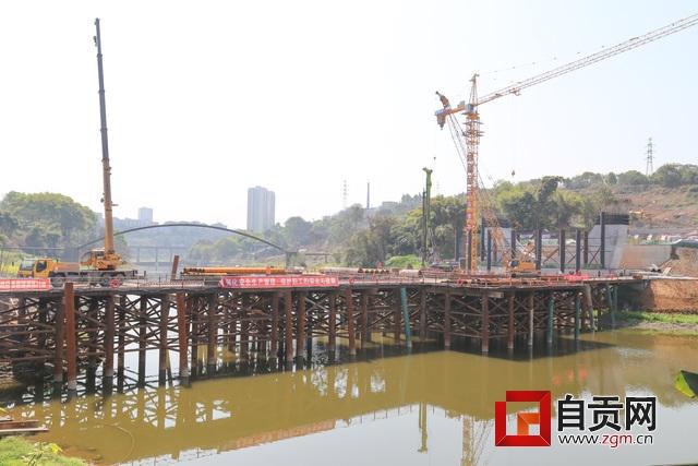 双河口至凤凰坝综合治理示范项目加速推进,摄影罗祥瑞.JPG